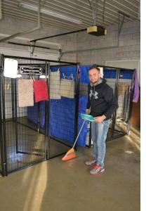 volunteer cleaning11-16
